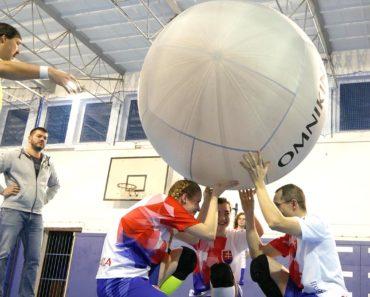kin-ball z pohľadu telocvikára na hodine telesnej výchovy